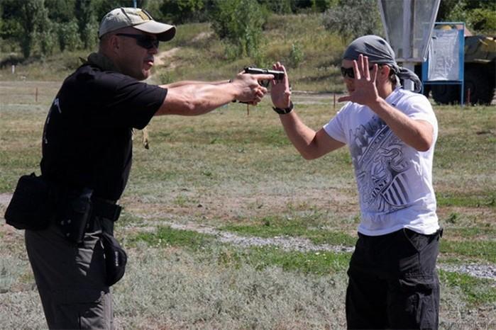 Почему нельзя носить для самообороны охолощенное и пневматическое оружие