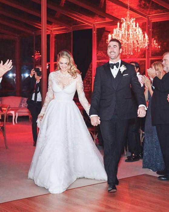 Лучшие свадебные прически знаменитостей