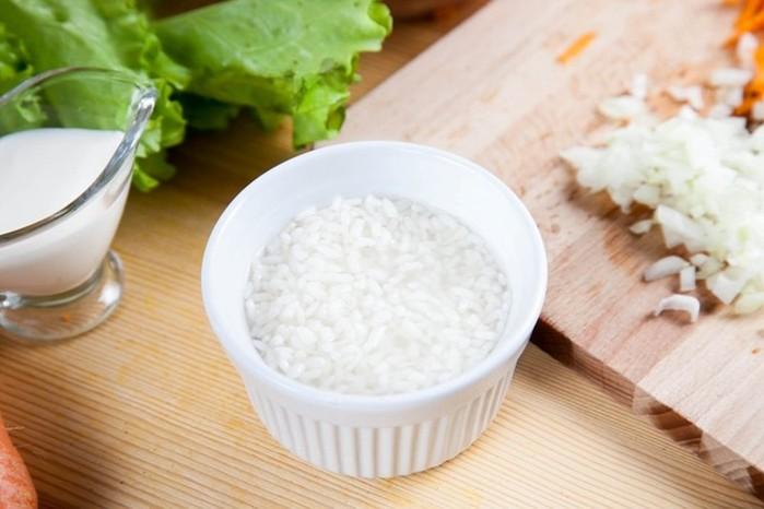 Мясные ёжики с рисом и морковью
