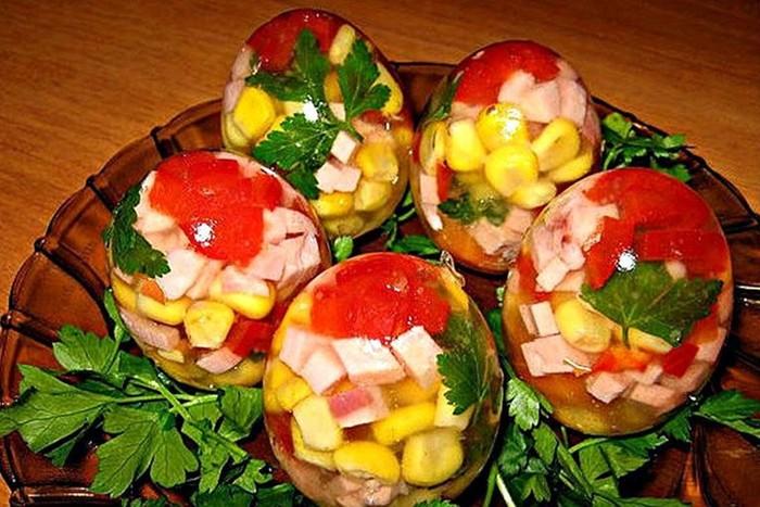 Как сделать заливные яйца