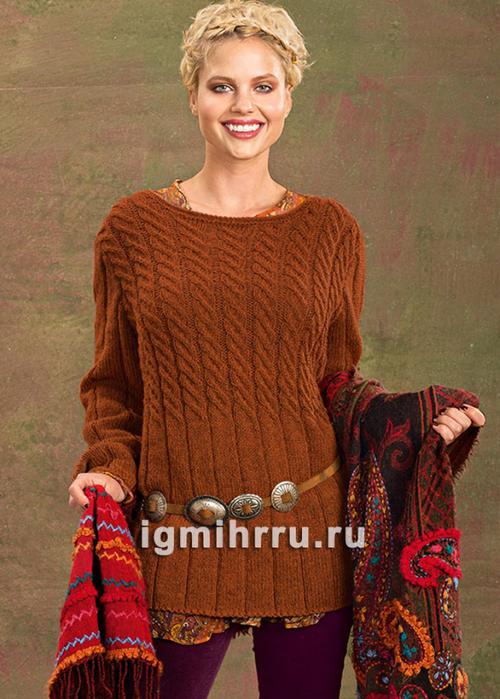 Коричневый удлиненный пуловер с косами. Вязание спицами