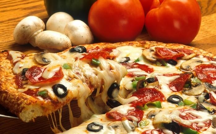 Ленивая пицца на сковороде   отличная идея для перекуса