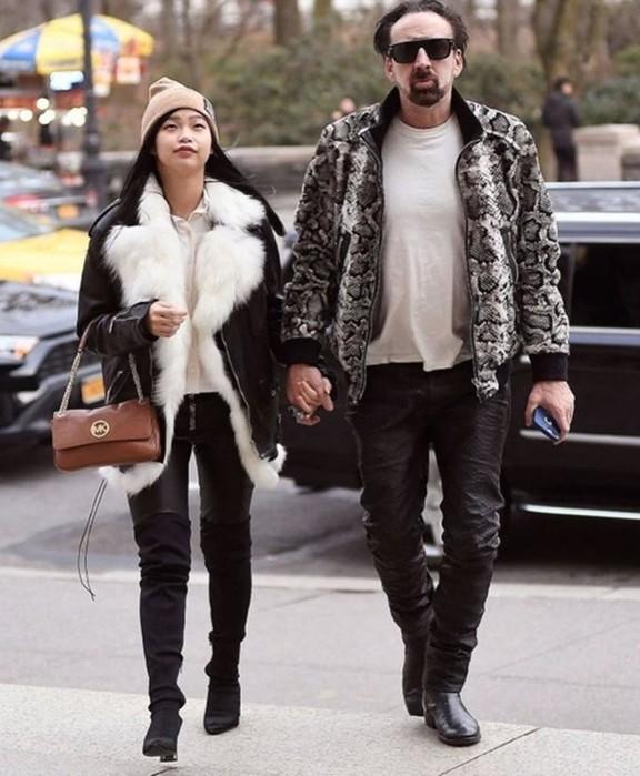 56 летний Николас Кейдж и его новая девушка 26 летняя японка Рико Шибата