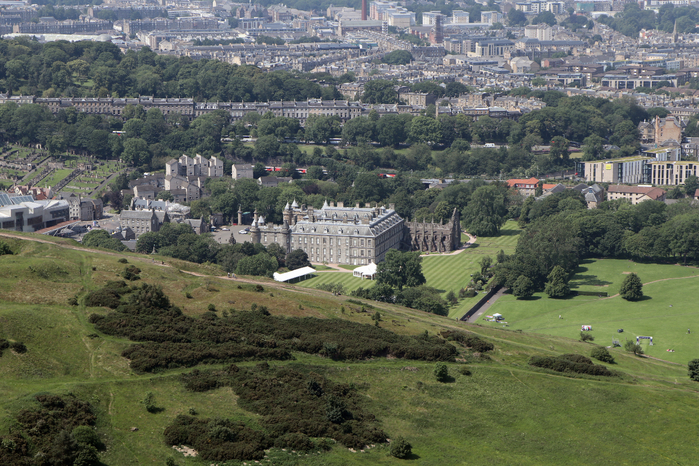 edinburgh, эдинбург, дворец холируд, трон артура, парк холируд