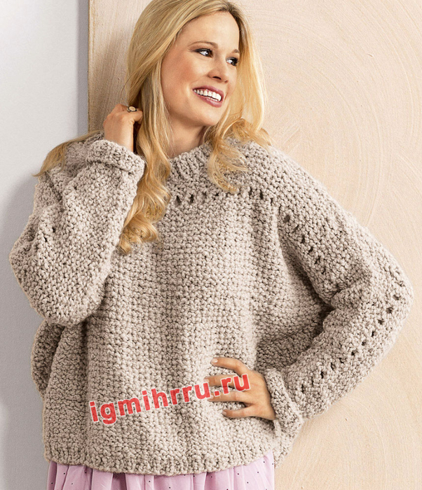 Для полных дам. Пуловер с рукавами летучая мышь и ажурными дорожками. Вязание спицами