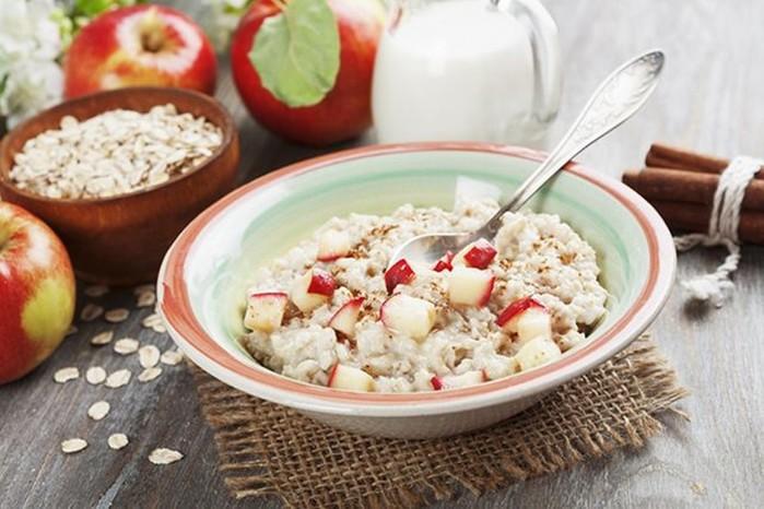 Клетчатка, белки и витамины. Мифы и правда об овсянке