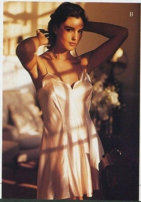 Старые фото Моники Беллуччи для Victorias Secret
