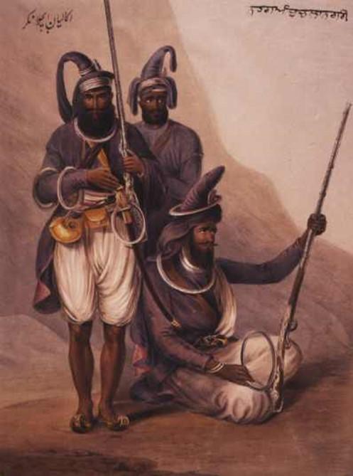 Экзотическое индийское оружие чакра носят на голове