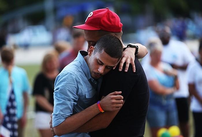 Почему вРоссии гомосексуальность НЕ перестали считать болезнью