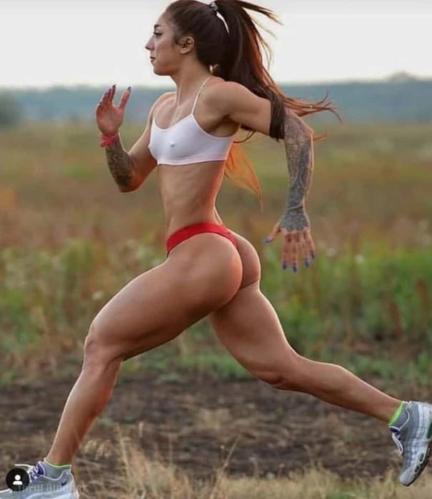 Девушки, которые серьезно относятся к фитнесу