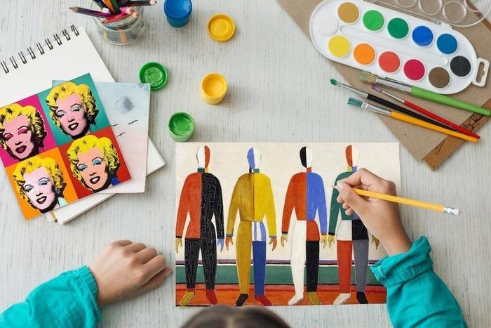 Чудаки и гении: малоизвестные факты из детства Малевича, Уорхола, Гауди и Дали