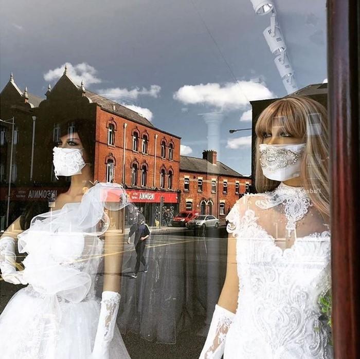 Маски в тон подвенечным нарядам невесты