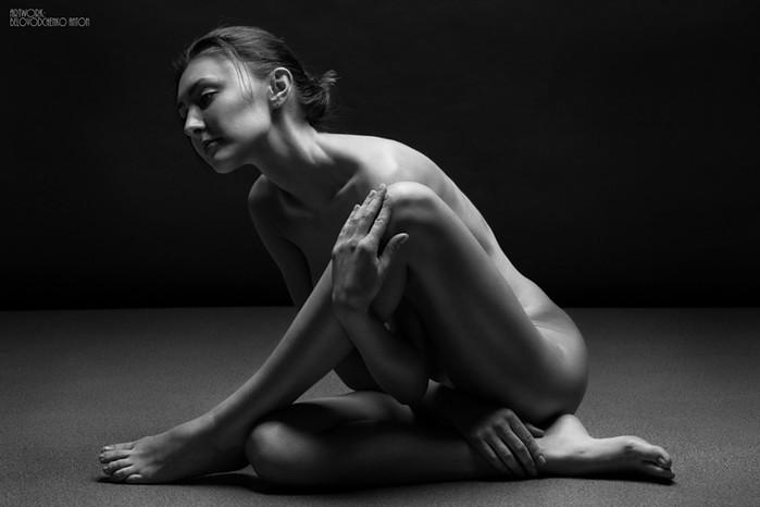Пластика и чувственность в фотографиях Антона Беловодченко