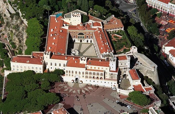 Роскошная жизнь населяющих Монако миллионеров