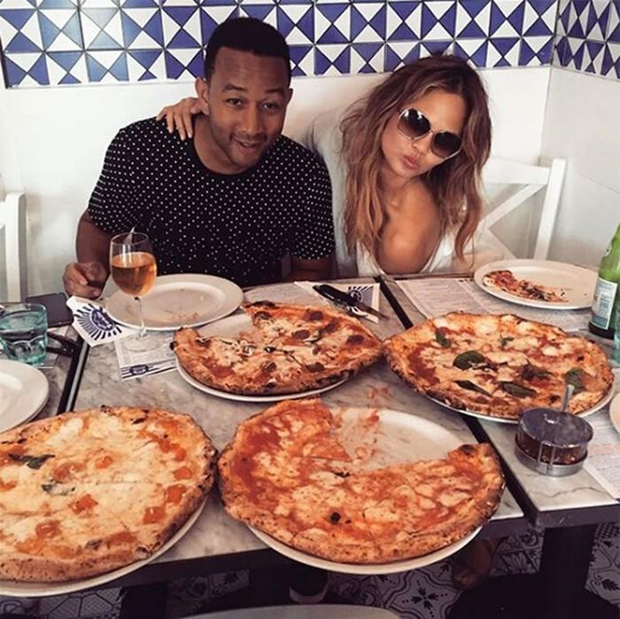 Знаменитости, которые любят пиццу