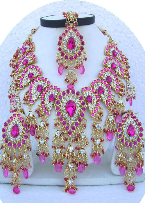Pink-Drop-Jhoomar-Pandent-Golden-Base-Necklace-Set-with-Tika[1] (499x700, 511Kb)
