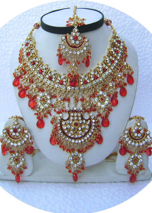 Red-Jhoomar-Style-Golden-Base-Necklace-Set-with-Tika[1] (500x700, 473Kb)