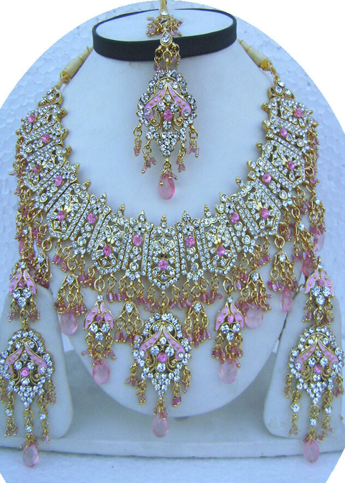 Light-Pink-Unique-Design-Golden-Base-Necklace-Set-with-Tika[1] (499x700, 504Kb)