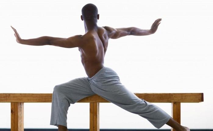 Как исправить осанку домашними упражнениями