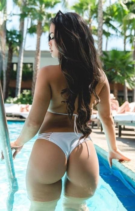 Новые фотографии девушек в бикини   жаркий август!