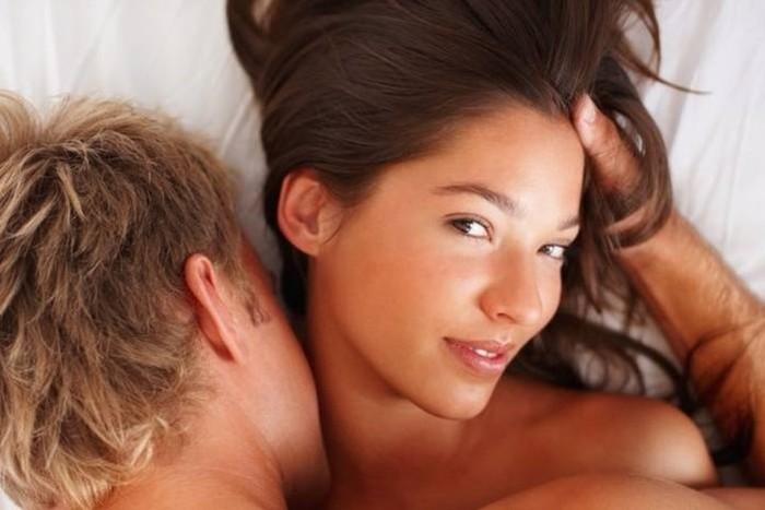 Зачем нужно и как правильно имитировать оргазм
