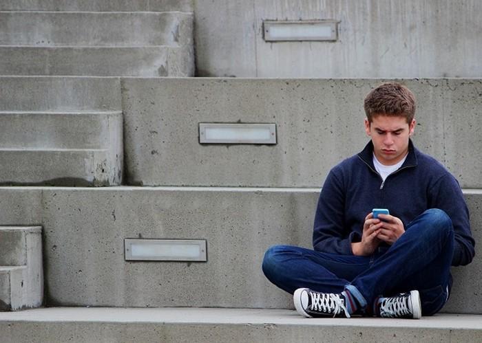 Как современные подростки подают в суд на родителей
