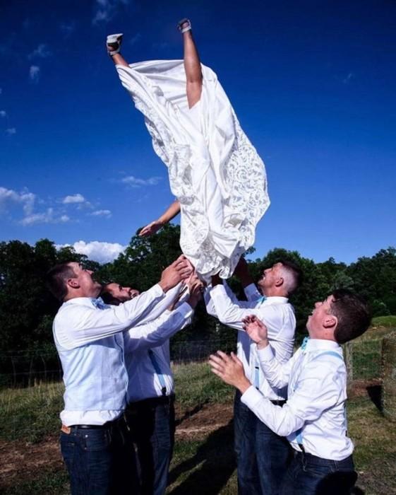 Самые забавные свадебные фотографии