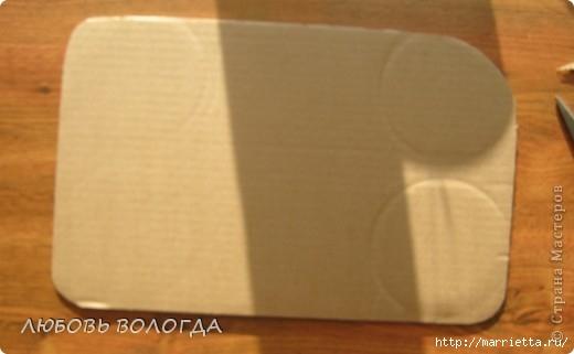 Плетение из газет. Мастер-класс на крышку с цветным узором из трубочек (3) (520x321, 65Kb)