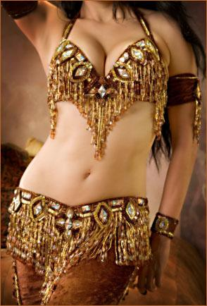 Продам костюм для арабского танца на девочку .  Шили для выступления.