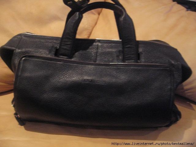 Armani спортивная сумка 6500.
