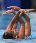 Оны Карбонелл и Андреа Фуэнтес (Оны Carbonell и Андреа Фуэнтес из Испании) из Испании. Выступление пар на чемпионате Европы по синхронному плаванию в Будапеште, 5 августа 2010 года.