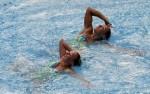 Вибке Джеск и Эдит Зиппенфилд (Wiebke Jeske and Edith Zeppenfeld) из Германии. Выступление пар на чемпионате Европы по синхронному плаванию в Будапеште, 5 августа 2010 года.
