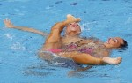 Манила Фламини и Джулия Лапи (Manila Flamini and Giulia Lapi) из Италии. Выступление пар на чемпионате Европы по синхронному плаванию в Будапеште, 5 августа 2010 года.