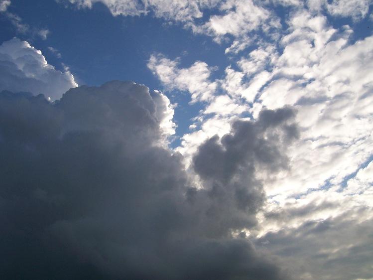 облака и тучки.