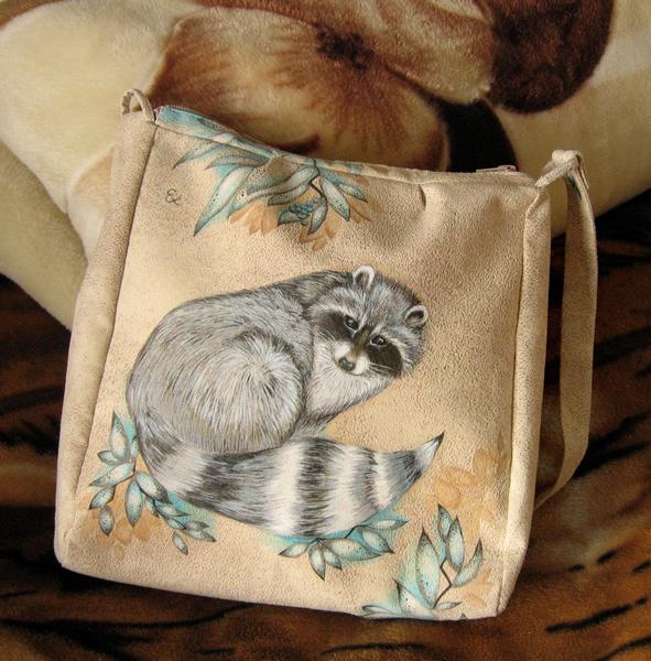 Мама сшила сумку, я нарисовала еното-лису (: Роспись листочками идет по...