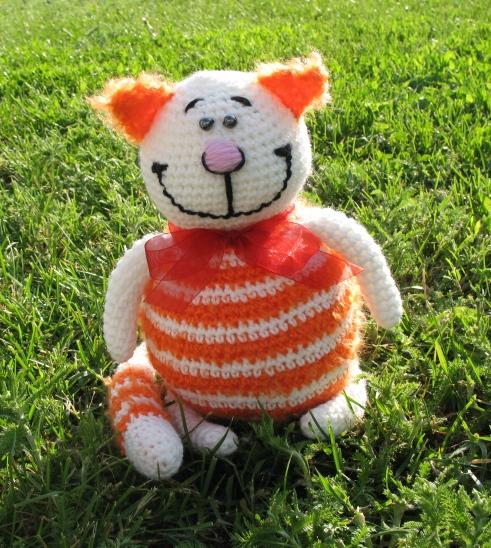 Вязанный крючком Кот Мурзик Желтый. вязаный кот, вязаные игрушки.