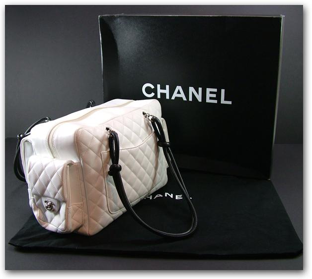 На фото сумки Шанель весна-лето 2011.  В весенне-летней коллекции.