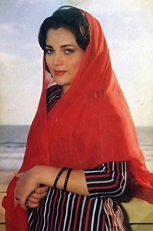 Стихами мая, фото открыток мандакини