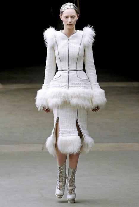 Alexander McQueen, Осень-зима 2011, Ready-To-Wear, фотография 217283.