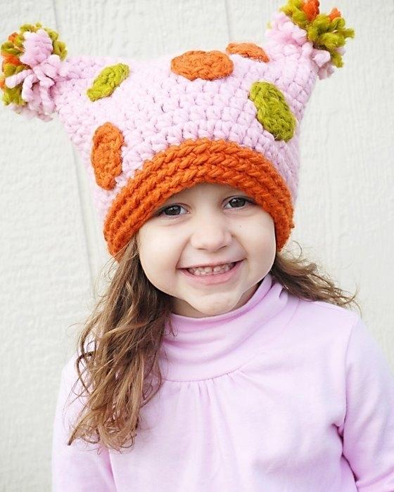 схема вязания детской шапочки со зверюшками.