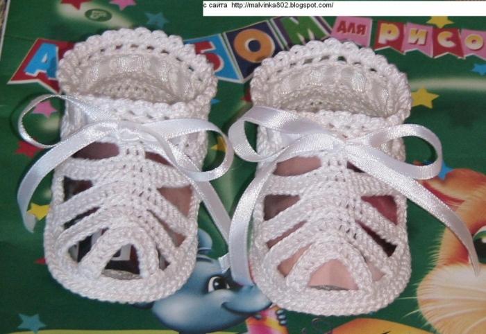 18 моделей пинеток спицами для новорожденных со схемами