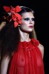 Декоративные цветы - модный весенний тренд.