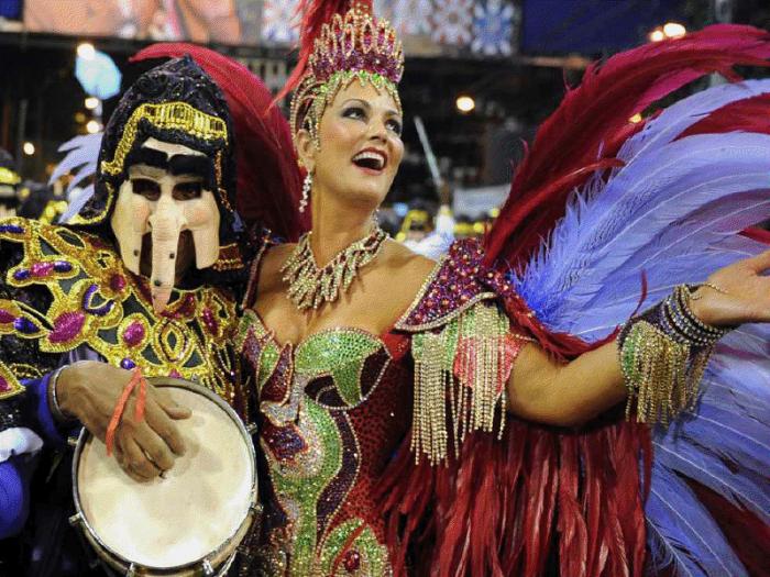 Документальное видео секс на бразильском карнавале