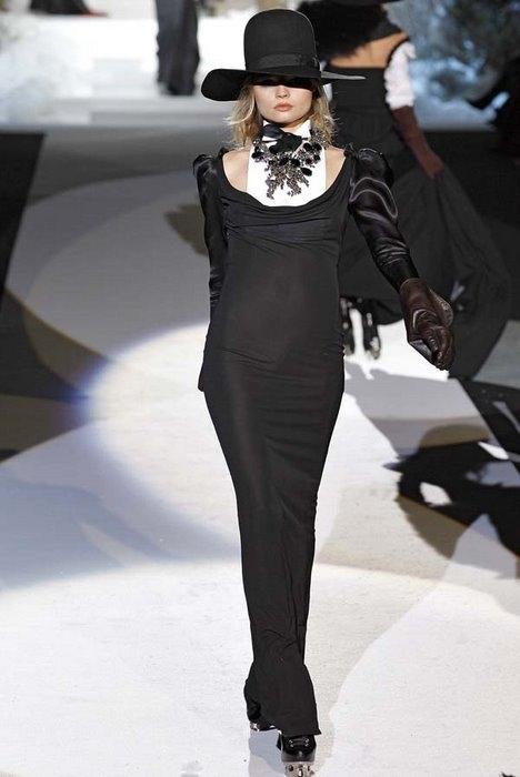 Показ модной женской одежды осень-зима 2011-2012 от DSquared2