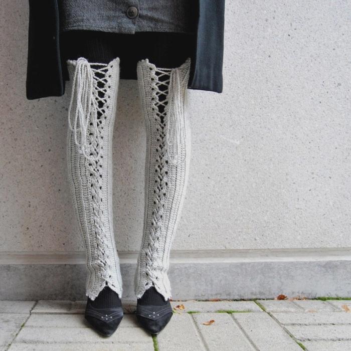 Dec 10, 2012 - А также потрясающие вязаные гольфы и чулки.  Носки можно связать спицами и крючком.