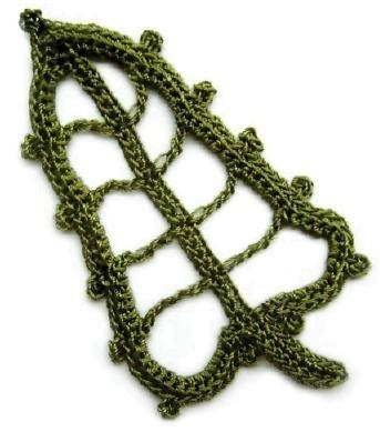 вяжем крючком листья схемы вязания. салфетки вязаные крючком схемы.